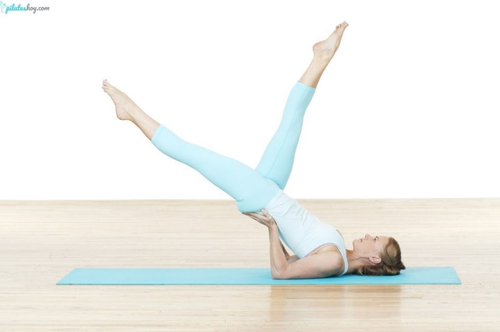 scissors pilates ejercicio